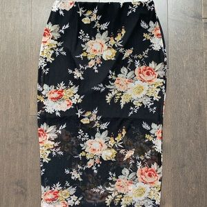 Brand new, never worn floral bodycon skirt